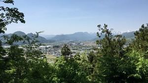 沼田城から名胡桃城方面を望む