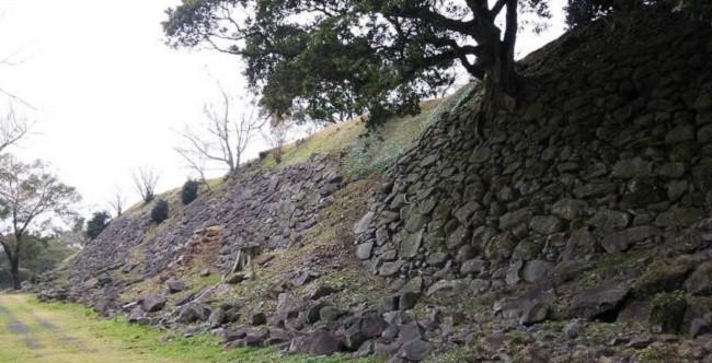 「真田昌幸・信幸・信繁(幸村)父子が在陣した「名護屋城」~構造・整備状況を中心に~」のアイキャッチ画像