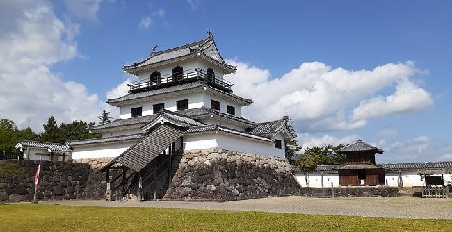 「片倉小十郎の城「白石城」の謎~築城時期と三階櫓~」のアイキャッチ画像